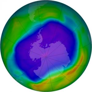 OZONE_D2006-09-24_G^716X716.IOMI_PAURA_V8F_MMERRA_LSH-586x586