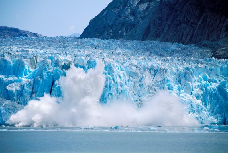 Calving at Dawes Glacier